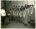 Bethune-Cookman choir with Thomas Demps