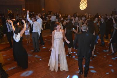 Guests Dancing 6