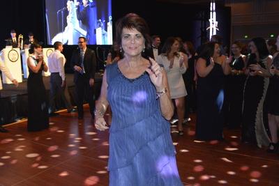Guests Dancing 7