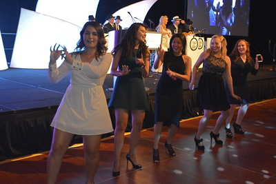 Guests Dancing 8